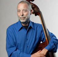 Beim Generations In Jazz Festival in New York: Dave Holland