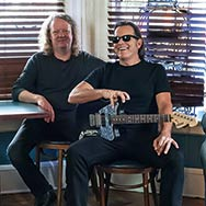 Tommy Castro & The Painkillers (Foto: Peggy DeRose)