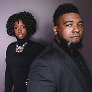 Dezron Douglas & Brandee Younger (Foto: Deneka Peniston)