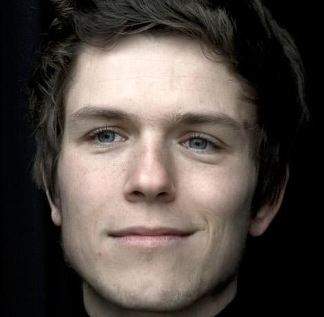Pianist Benjamin Schaefer
