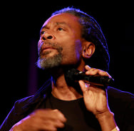 Bobby McFerrin by Erinc Salor from Amsterdam, Netherlands (Bobby McFerrin 2) [CC-BY-SA-2.0 (http://creativecommons.org/licenses/by-sa/2.0)], via Wikimedia Commons
