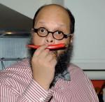 Ed Motta mit Pepperoni-Moustache