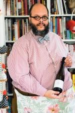Ed Motta präsentiert den Wein